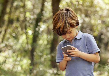 niños dispositivos electrónicos celular