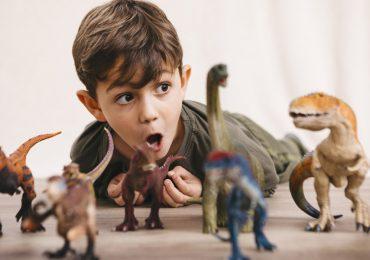 niños dinosaurios inteligentes