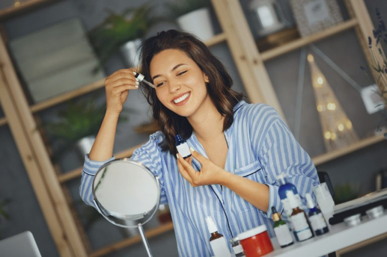vitamina c piel serum beneficios mujer