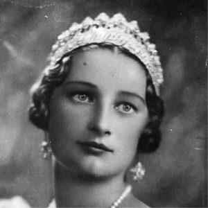 Princesa Astrido de Bégica con la Tiara Imperio