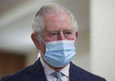 carlos de gales visita a felipe de edimburgo en el hospital
