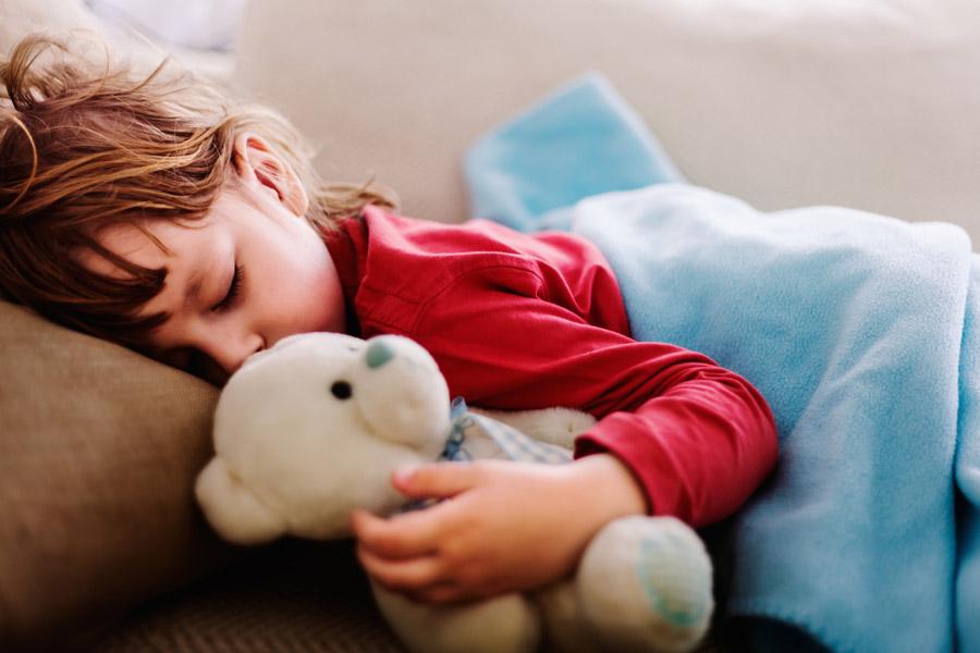 mantita del apego objeto niños familia bebés