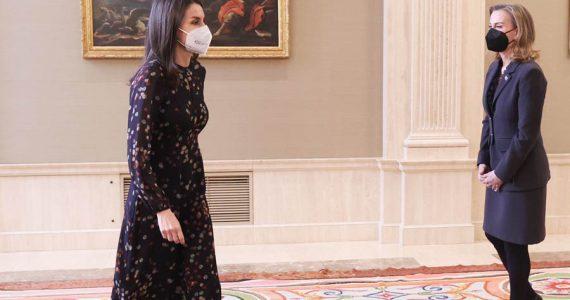 reina letizia vestido confeti