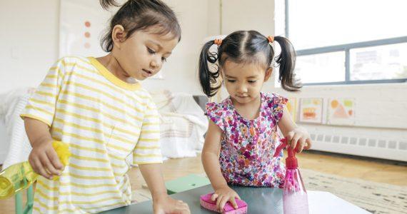 niños labores del hogar familia