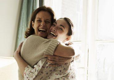 mamá madre e hija se parecen 33 años mujer