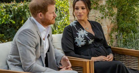 Revelan cuál miembro de la familia real británica hizo comentario racista a Harry y Meghan