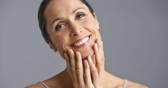 piel radiante a partir de los 50 mujer