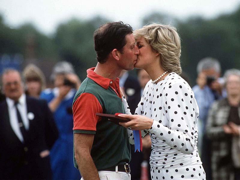 día del beso besos de la realeza 13 abril