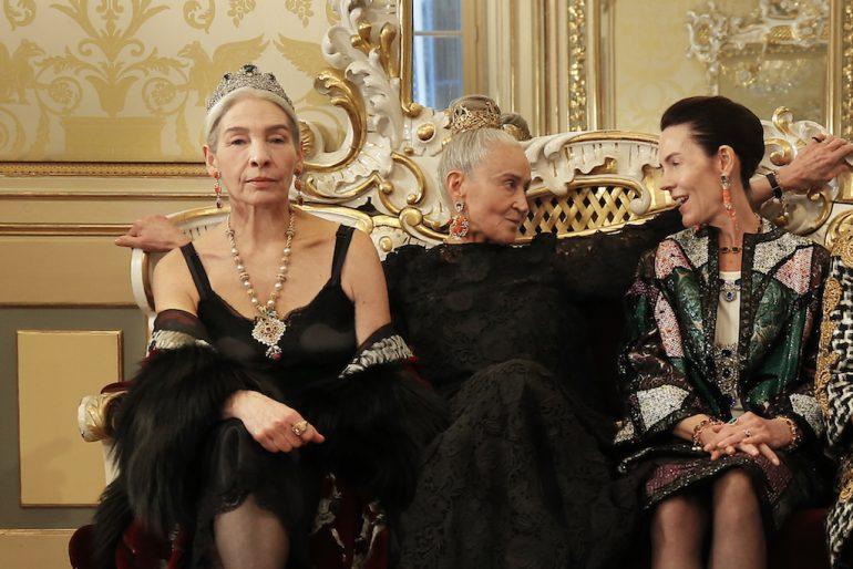mujeres elegantes en 2021