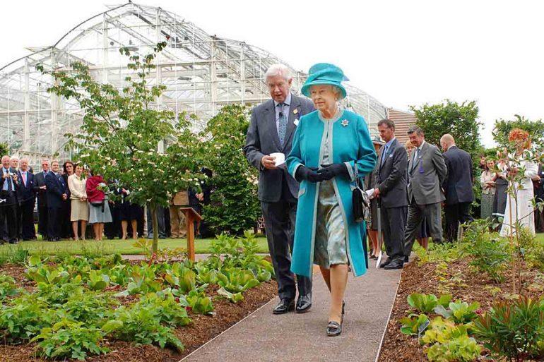 jardines palacio de buckingham reabren reina isabel ii