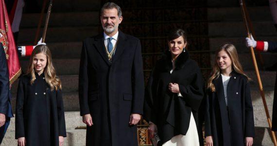 reyes de españa e hijas princesa leonor infanta sofía reina letizia rey felipe