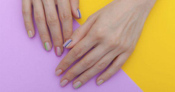 diseños de uñas con base transparente manicure
