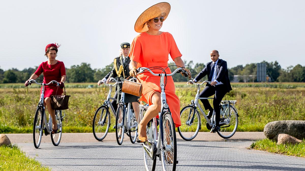 Máxima en bici