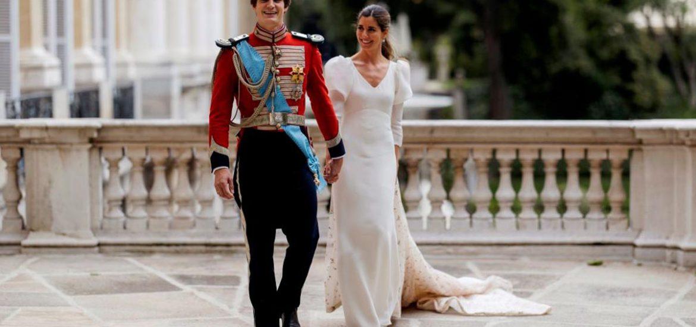 El nieto de la fallecida Cayetana de Alba se casó el fin de semana y estas son las fotos oficiales de la romántica boda en el Palacio de Liria. (Foto: Getty Images)