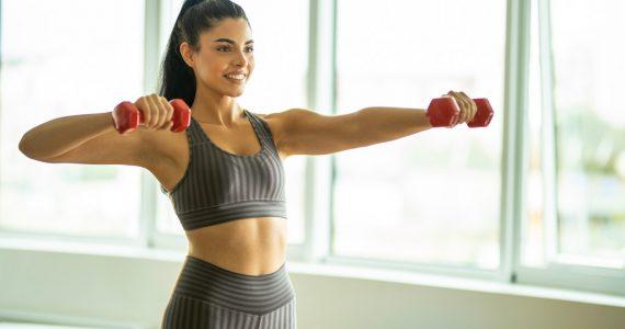 ejercicio y rutinas quemar grasa bajo el brazo y espalda