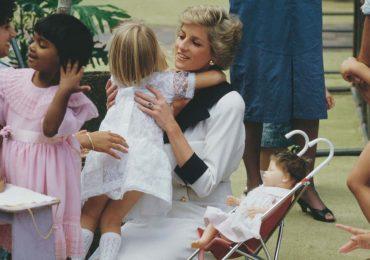 princesa diana sombreros y niños