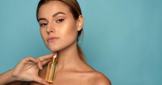 vitamina c retinol cosméticos mujer